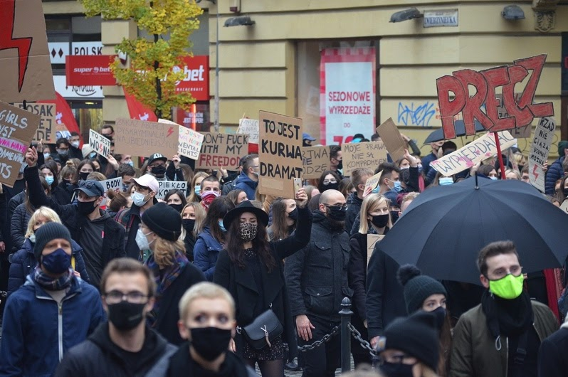 Protests+of+abortion+restrictions+in+Krakow+and+throughout+Poland+have+erupted+recently.
